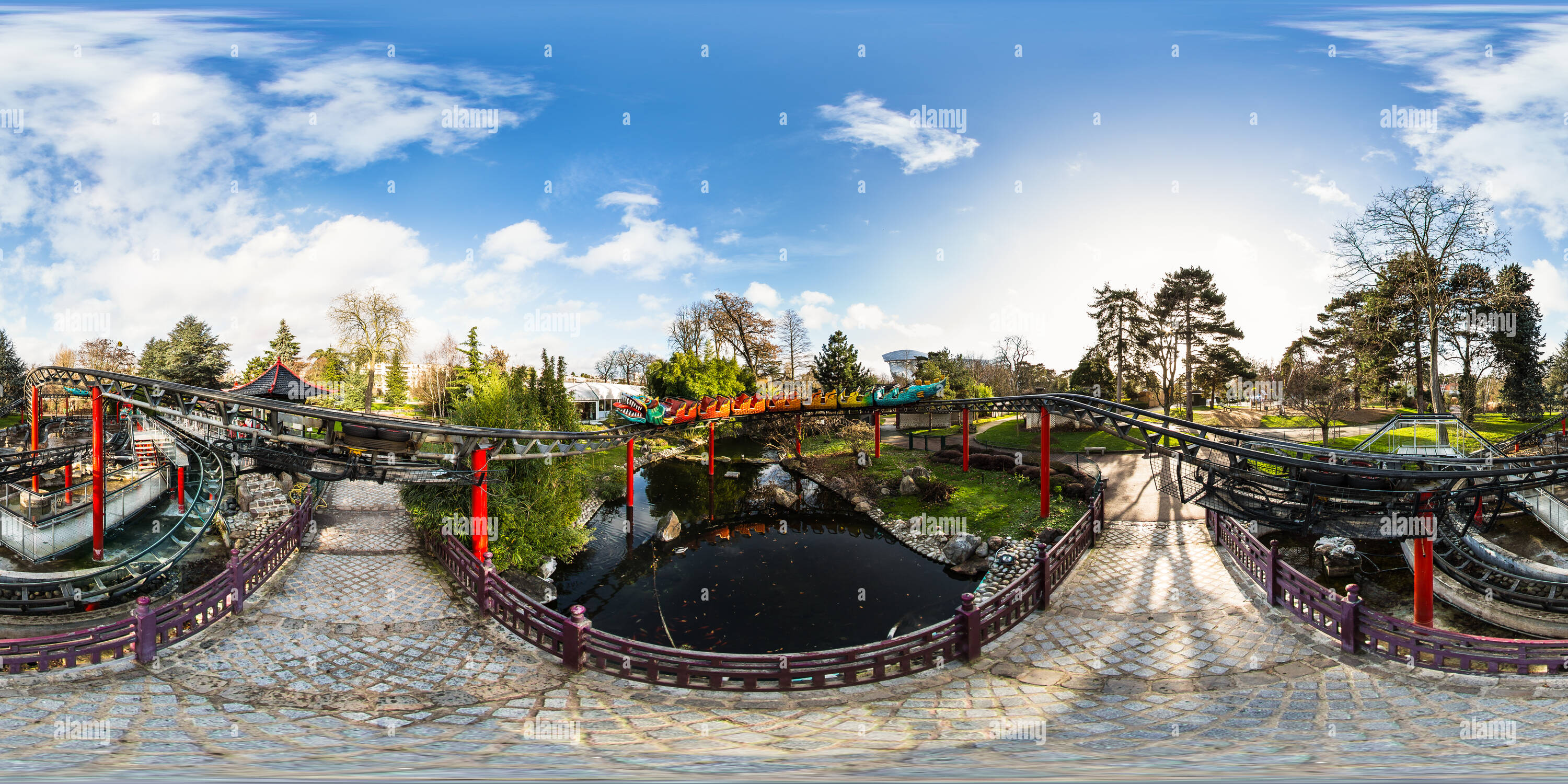 360 View Of Le Dragon At Le Jardin D Acclimatation Bois De