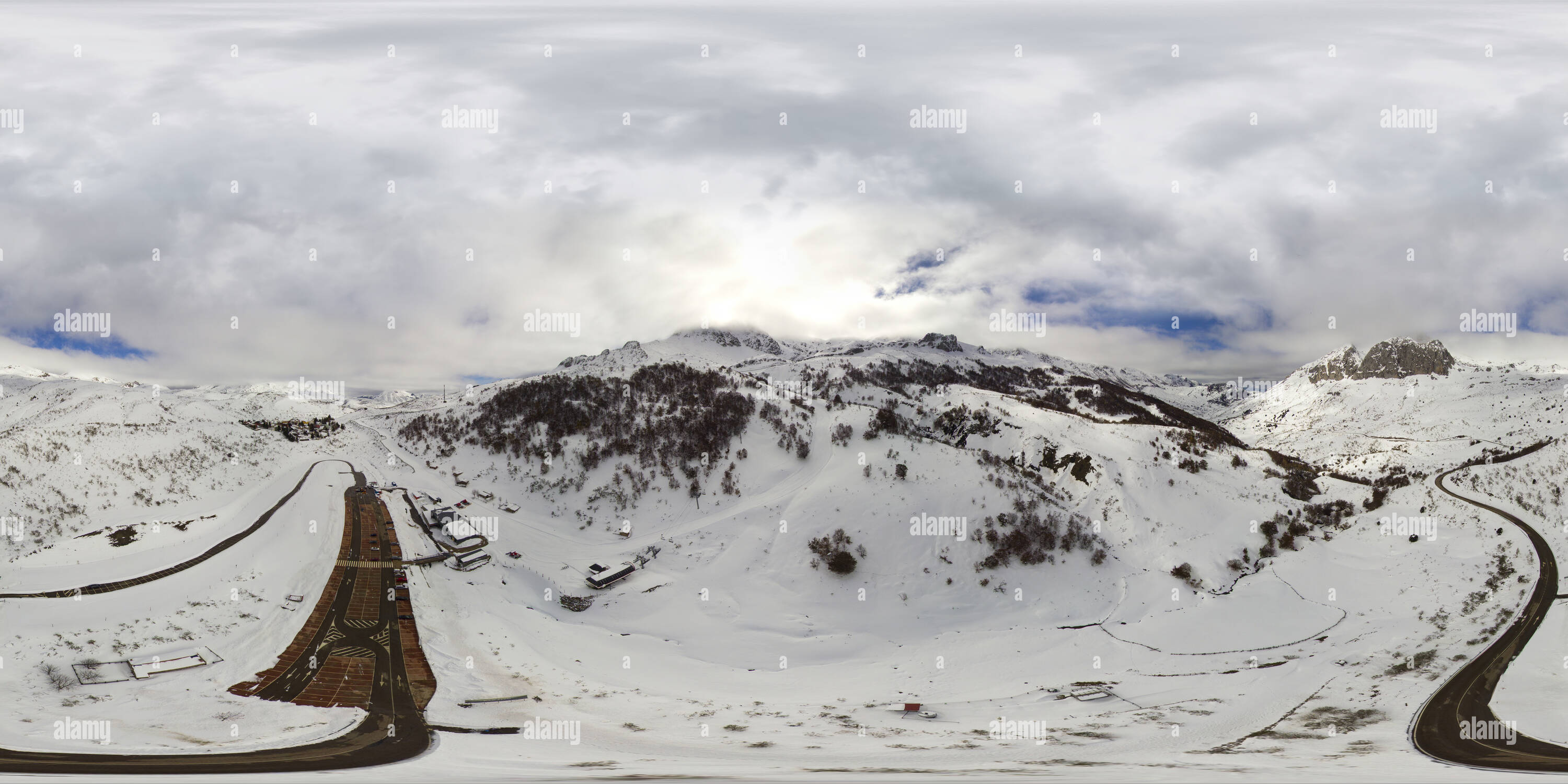 Aerial photo of Fuentes De Invierno sky station with my drone in Asturias - Stock Image