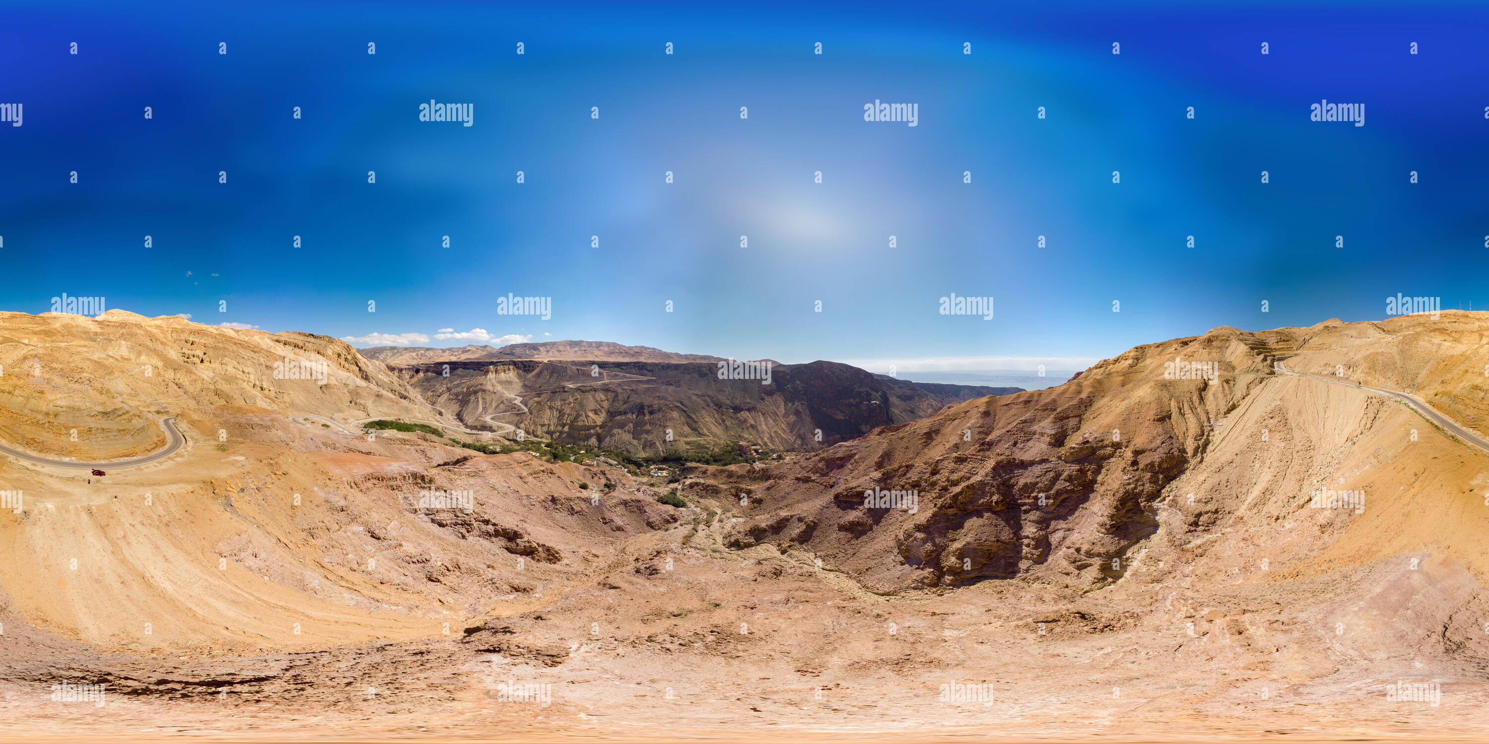 View from a distance to the Main Spa Hotel near the hot springs and waterfalls of Main, 360 degree panorama, aerial view - Stock Image