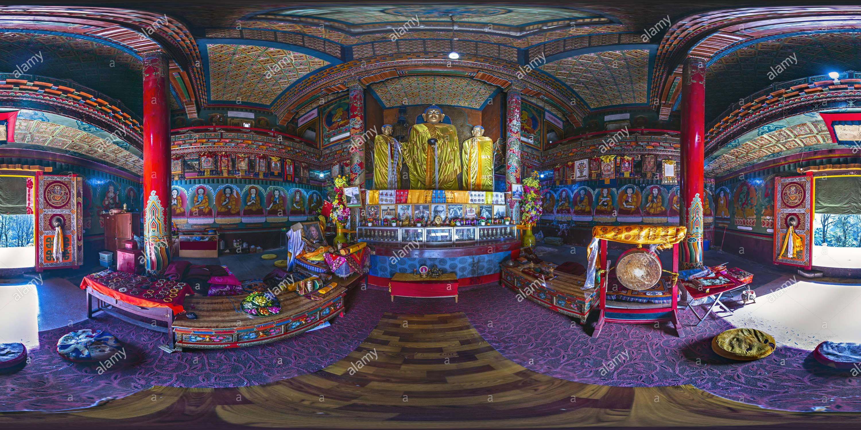 Ji Xiang Temple Hall(跑馬山吉祥禪寺大殿),Pao Ma Mt, Kangding, Ganzi, Sichuan, CN. - Stock Image
