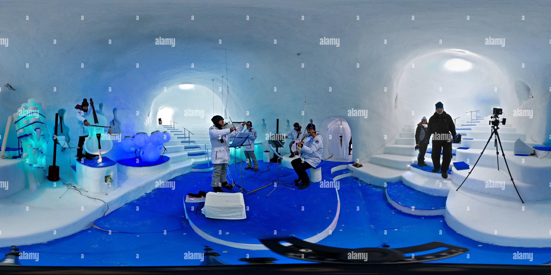 Tonale, ghiacciaio del Presena - Ice Music - Stock Image