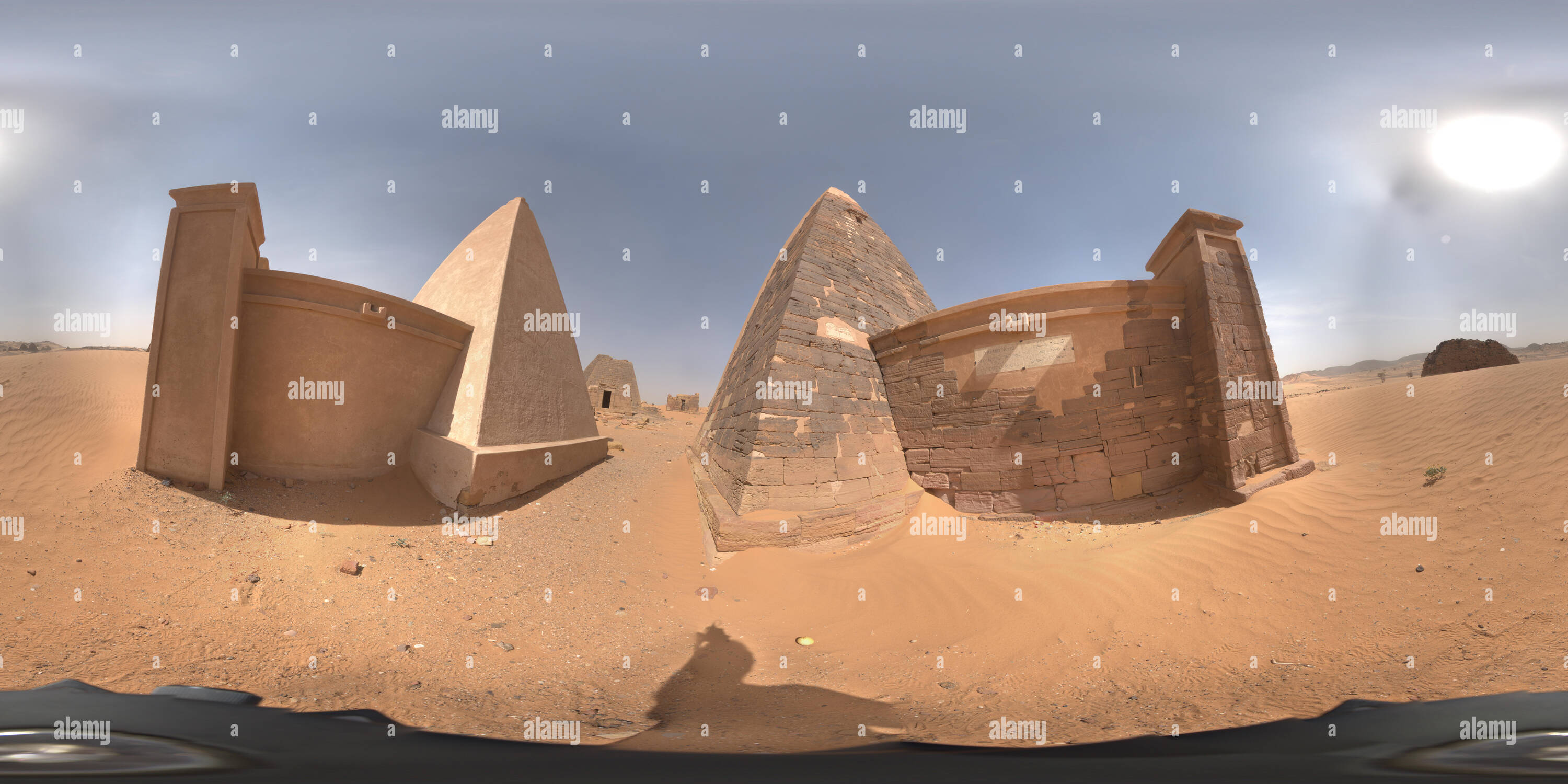 Meroe, Sudan, February 11, 2019: Three-dimensional panorama between a fully restored and a partially restored pyramid in Meroe - Stock Image