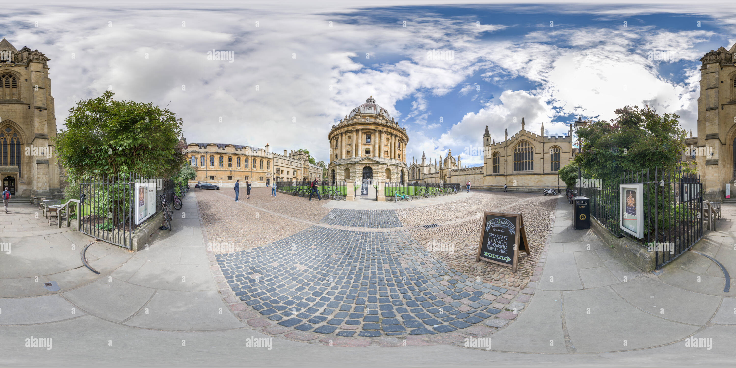 Radcliffe Camera library, Oxford university, with All Souls college on one side and Brasenose college on the other, and St Mary's church in front, on - Stock Image