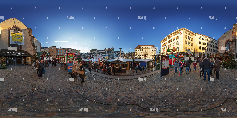 360 Ansicht Von Weihnachtsmarkt Auf Dem Barfusserplatz