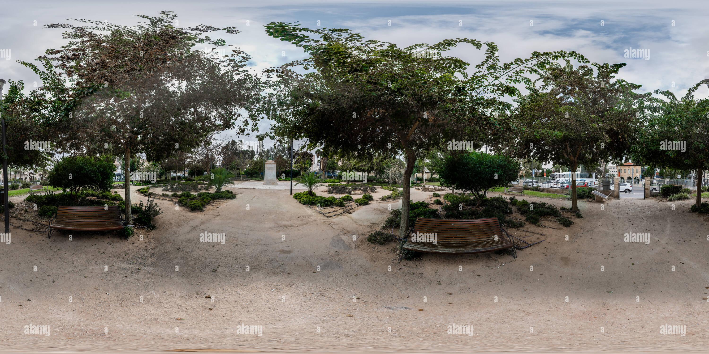 Vista panorámica en 360 grados de Memorial Garden allenby en el casco antiguo de la ciudad de Beer Sheva