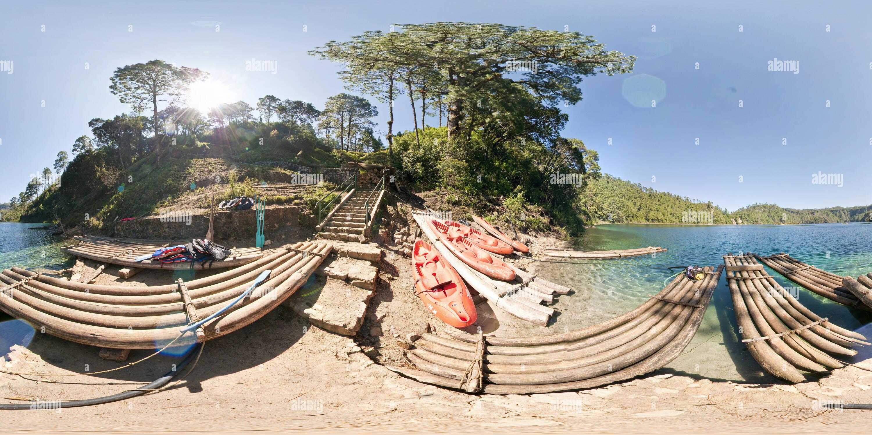 Kayaks en Montebello Imagen De Stock