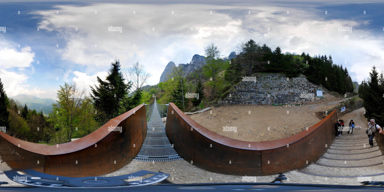 Vista panorámica en 360 grados de Piccole Dolomiti Ponte Tibetano.