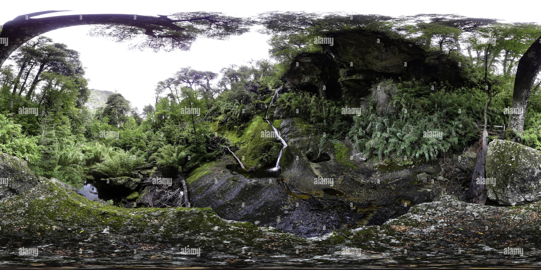 El salto de la Culebra, P.N. Tolhuaca Imagen De Stock