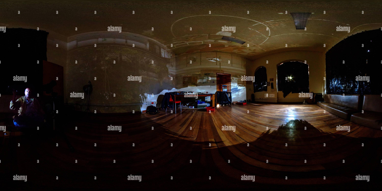 En el interior de una cámara estenopeica gigante Imagen De Stock