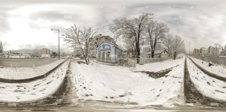 'Saint Panteleimon' capilla en Kniajevo en invierno, Sofía Imagen De Stock