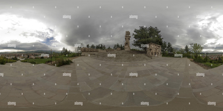 Panagyurishte vista desde el complejo memorial Apriltsi, Bulgaria Imagen De Stock