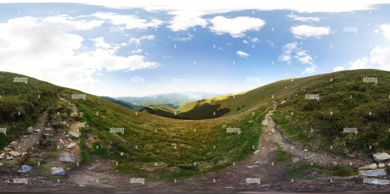 Las Montañas Parang, sendero de montaña Imagen De Stock