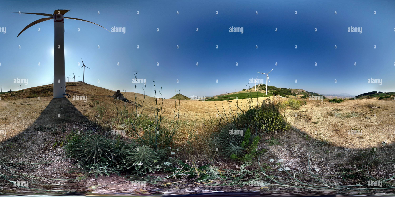 Parque Eólico beetwin Rocca delle Penne y Monte Finestrelle Imagen De Stock