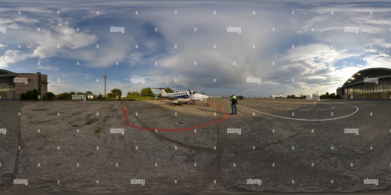 El Aeropuerto Internacional de Kurumoch Samara taller de producción Imagen De Stock