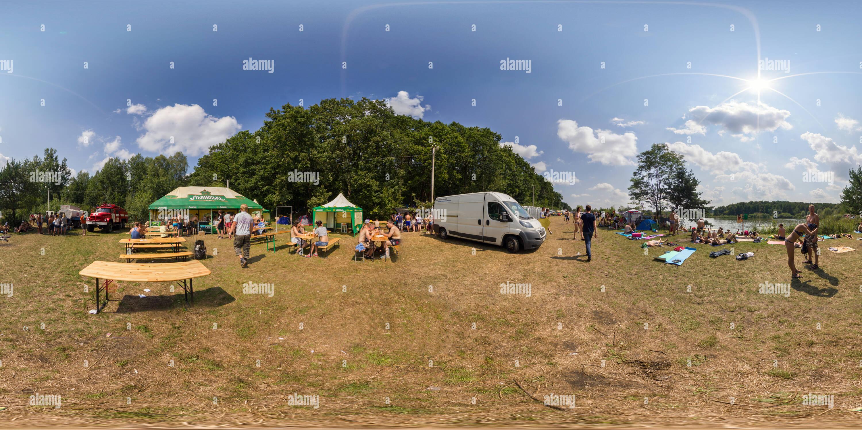 Pagado campamento en festival 'Zakhid'14' Imagen De Stock