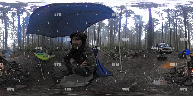 Permanecer caliente en el sur del lago Camping - Monte Hebo, Oregón Imagen De Stock