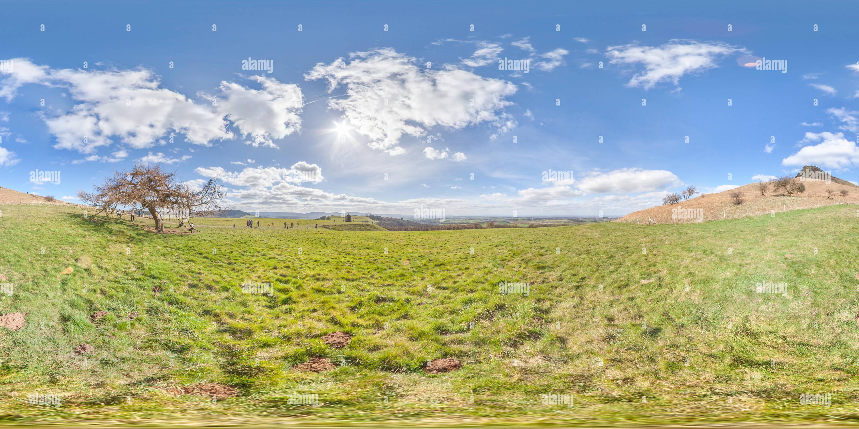 Una vista desde la parte inferior de Roseberry topping en un día soleado Imagen De Stock