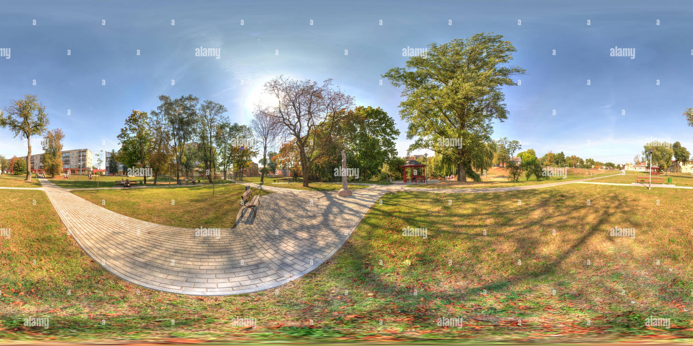 Pequeño parque nueva luz Grodno, Bielorrusia Imagen De Stock