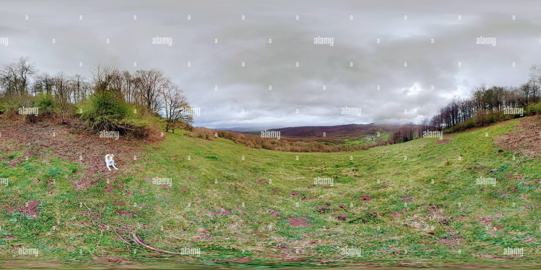 Vistas del valle de Larraun desde las cercanías del pueblo de Oderitz. Imagen De Stock