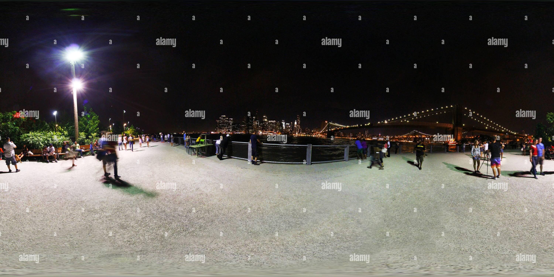 Nueva York - El Puente de Brooklyn Park Imagen De Stock