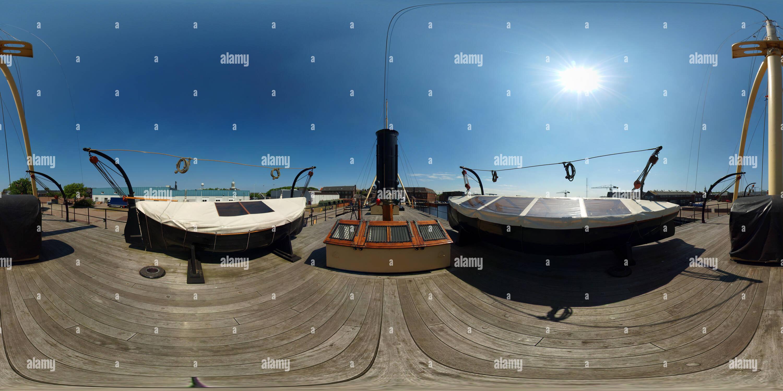 A bordo del ramship Schorpioen en el antiguo muelle de la marina en Den Helder Willemsoord Imagen De Stock
