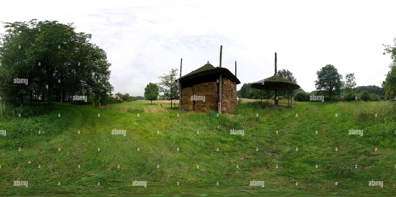 Montones de Heno en el Achterhoek, Gelderland Imagen De Stock