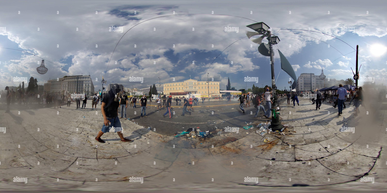 Muy enfadados personas Atenas Grecia Imagen De Stock
