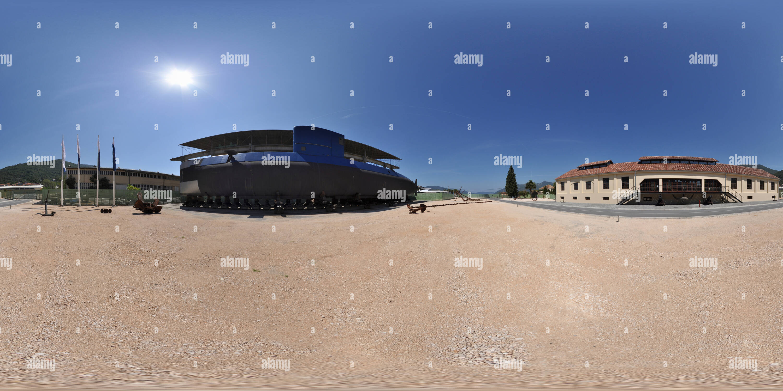 Porto Tivat, Montenegro, el submarino Imagen De Stock