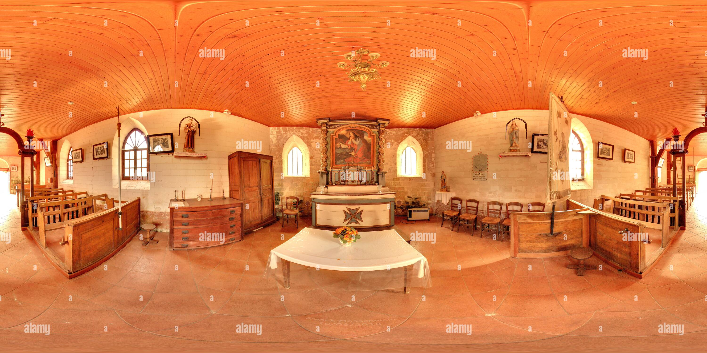 En el interior de la iglesia Sainte-Marie-Madeleine de Ortillon Imagen De Stock