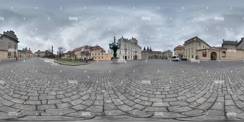 Vue panoramique à 360° de Hradcanske nam