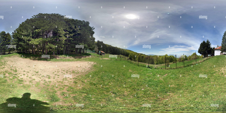 Vue panoramique à 360° de E gjyetareve Shpija