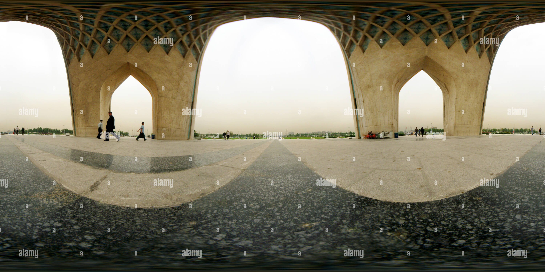 Vue panoramique à 360° de La tour Azadi, Téhéran, Iran - I