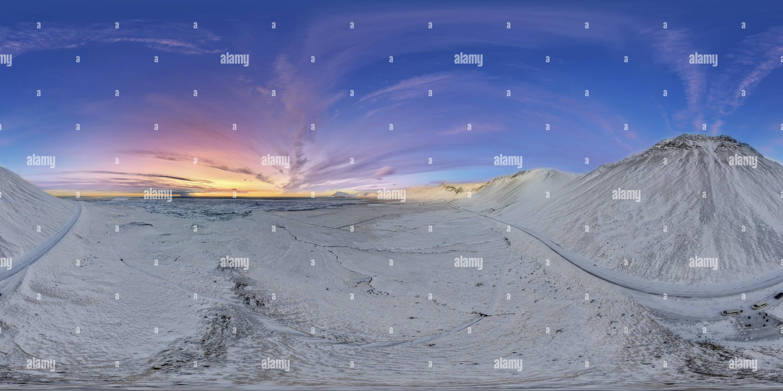 Vue panoramique à 360° de Lumière d'hiver de l'ouest de l'Islande