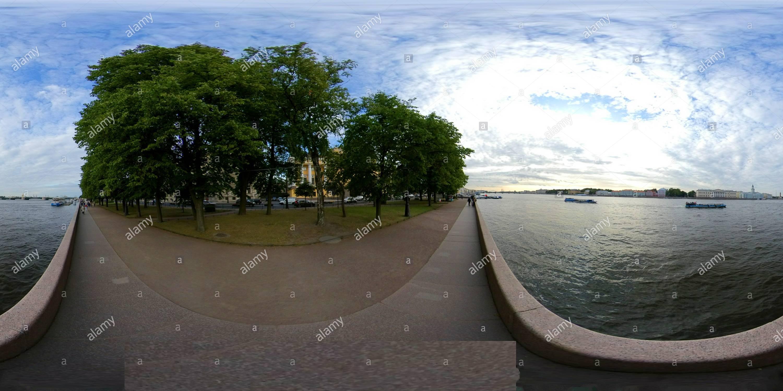 Vue panoramique à 360° de La rivière Neva embankment Admiralty St Petersburg