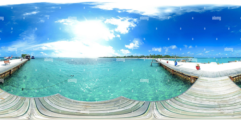 Jetée de Kuredu Island Photo Stock