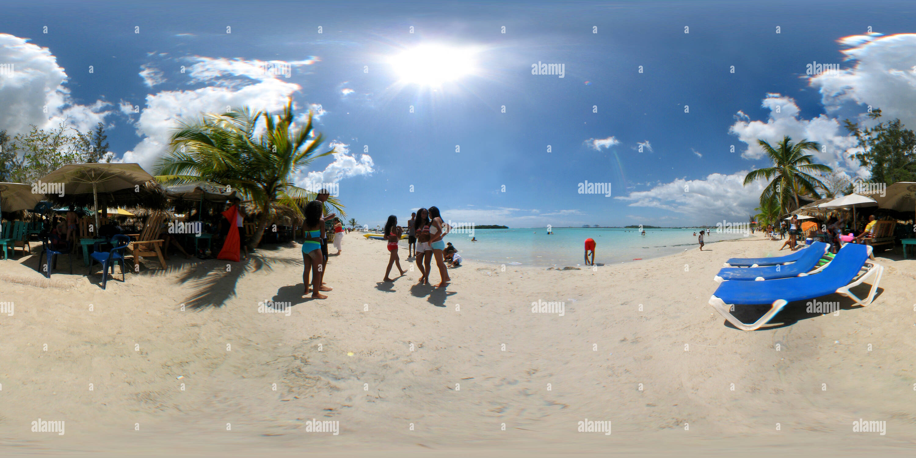 Boca Chica beach avec des gens, Santo Domingo Photo Stock