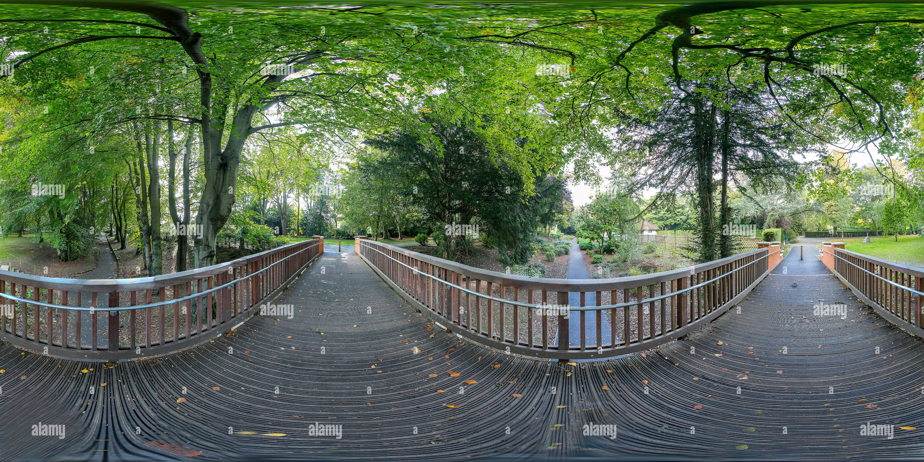 Jardins de ville, pont, Swindon Photo Stock