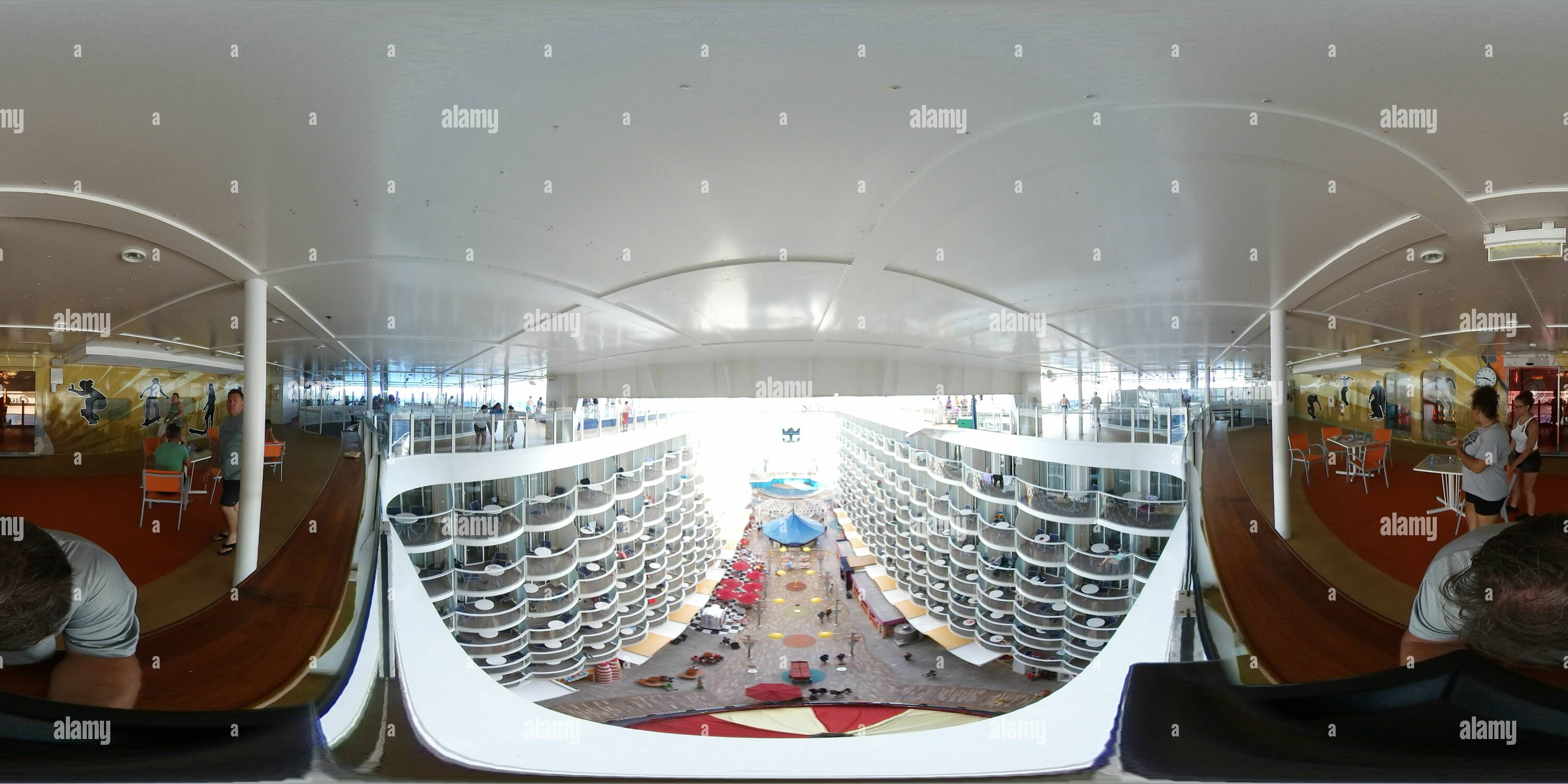 Oasis of the Seas Boardwalk High View Photo Stock