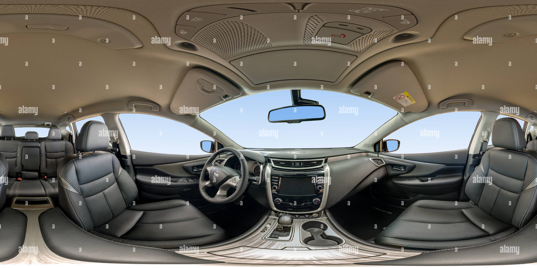 À l'intérieur du Nissan Murano intérieur sombre Photo Stock