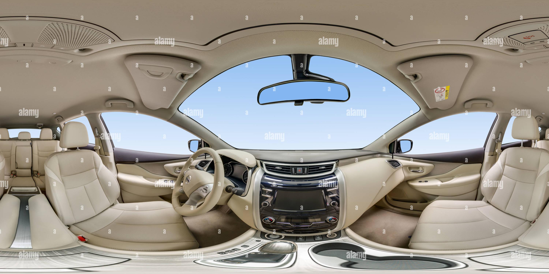 À l'intérieur du Nissan Murano Intérieur clair Photo Stock