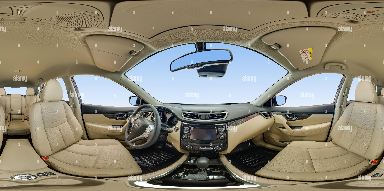 À l'intérieur du Nissan X-Trail Intérieur clair Photo Stock