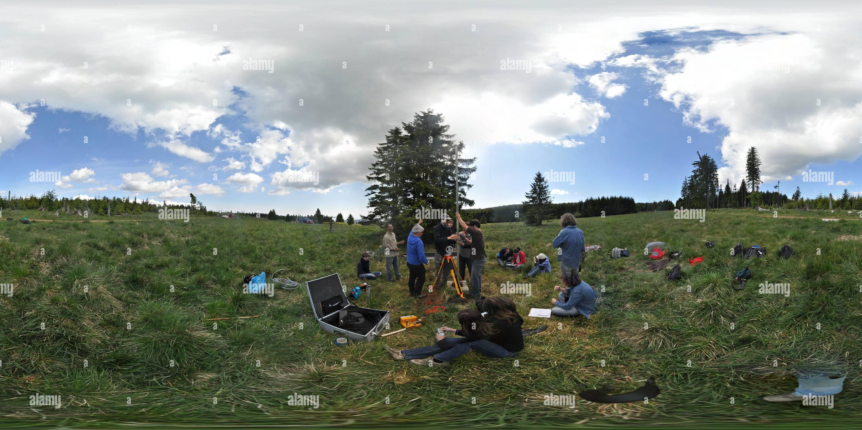 EOST-field-géophysique-cours-smallwell-transport-préparation Photo Stock