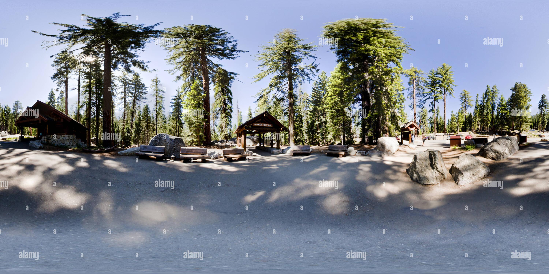 Départ pour General Sherman Tree, Sequoia National Park, Californie, USA Photo Stock