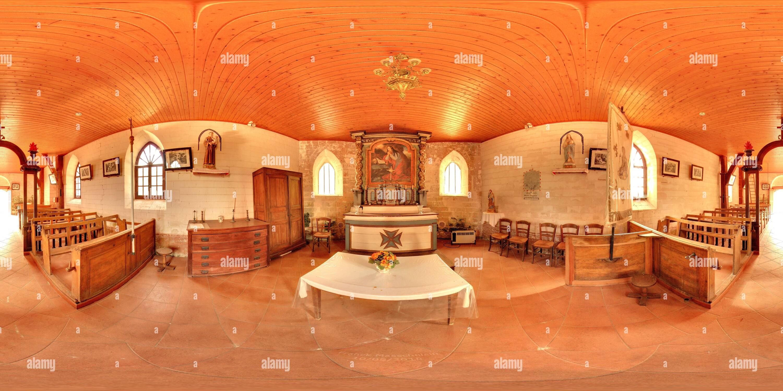 A l'intérieur de l'église Sainte-Marie-Madeleine d'Ortillon Photo Stock