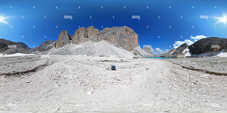 Vue panoramique à 360° de Dolomites: Antermoia Lake