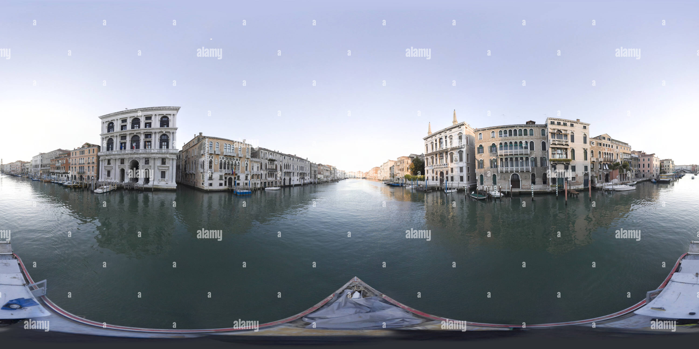 Visualizzazione panoramica a 360 gradi di Canal Grande 076
