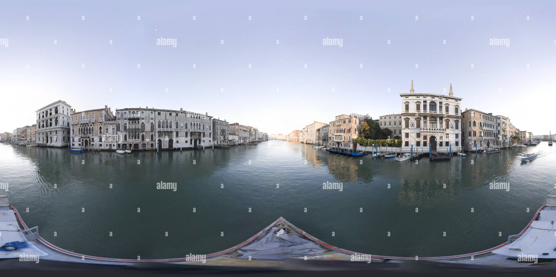 Visualizzazione panoramica a 360 gradi di Canal Grande 078