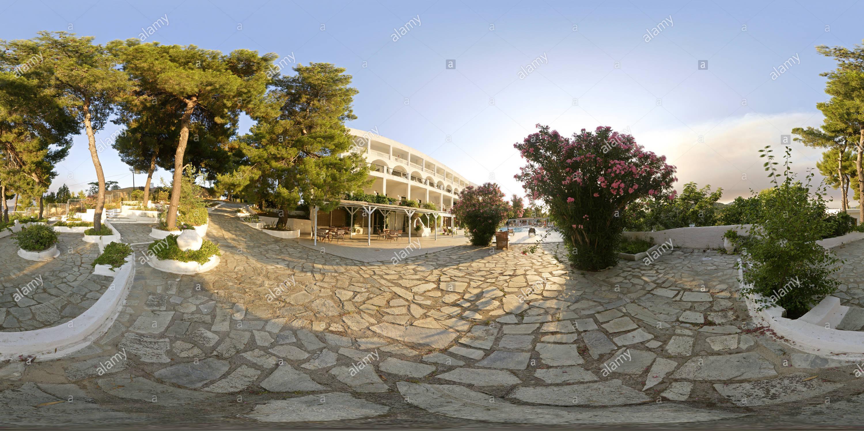 Nostos Village Piscina Skiathos Grecia Immagini Stock