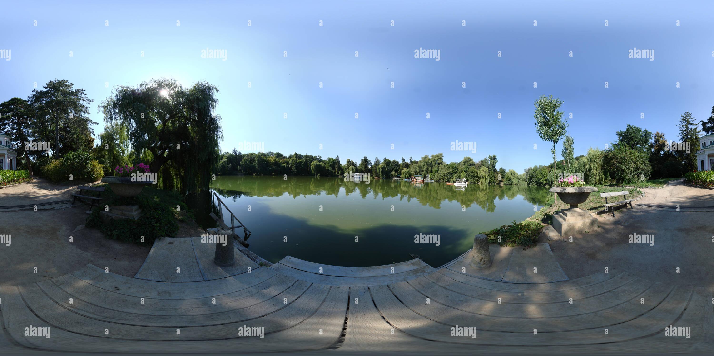 Sofievka. La vista dall'isola dell'amore. Immagini Stock